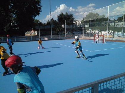 La nueva pista de hockey sobre patines de Chamartín dará servicio a 300 niños