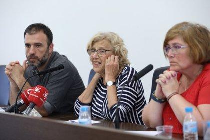 Carmena es partidaria de estudiar la división de los distritos y crear otros nuevos