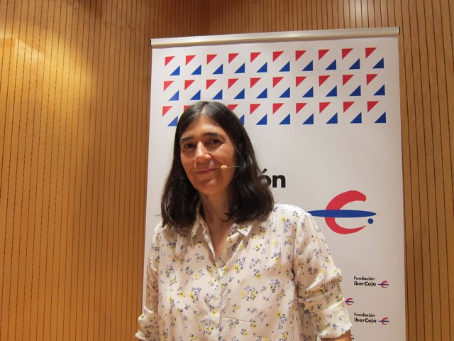 La directora del CNIO, María Blasco, ha impartido una conferencia en Ibercaja