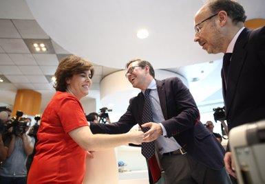 Santamaría subratlla que els sondejos la situen, juntament amb Feijóo, com a millor candidata del PP (EDUARDO PARRA/EUROPA PRESS)