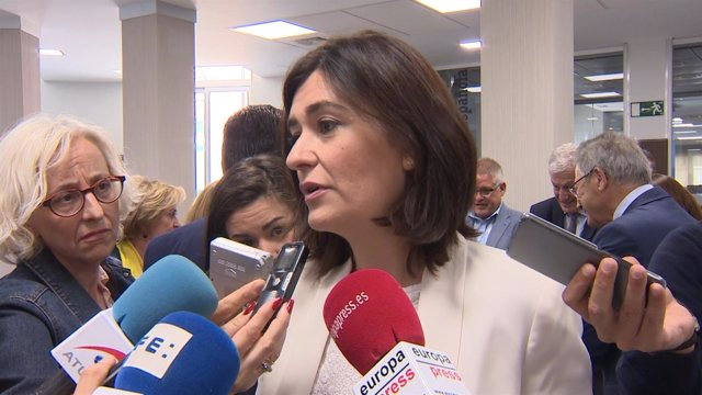 Carmen Montón en la inauguración de la Asamblea General