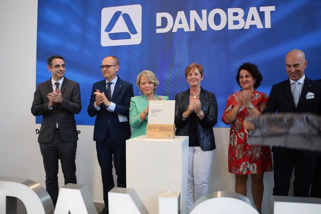 La consejera Arantxa Tapia en la inauguración de Danobat Italia