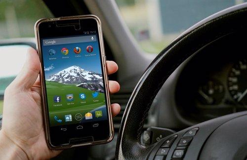 Smartphone y coche
