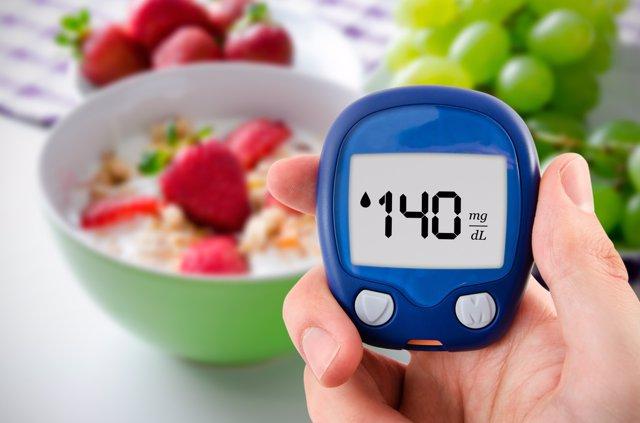Nutrición, diabetes, glucómetro