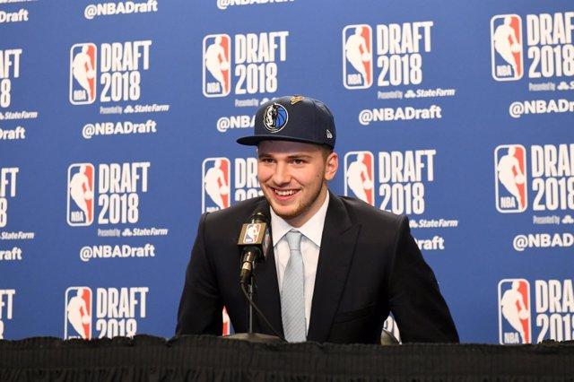 Luka Doncic en el draft NBA