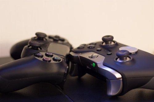 Videojuegos, PlayStation, Xbox