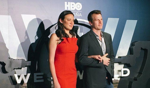 Jonathan Nolan Y Lisa Joy, Creadores De Westworld