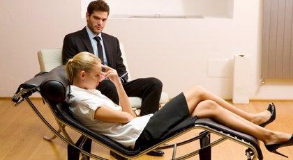 Los psicoterapeutas avisan de que los 'coachs' o 'terapeutas' no son siempre profesionales debidamente formados