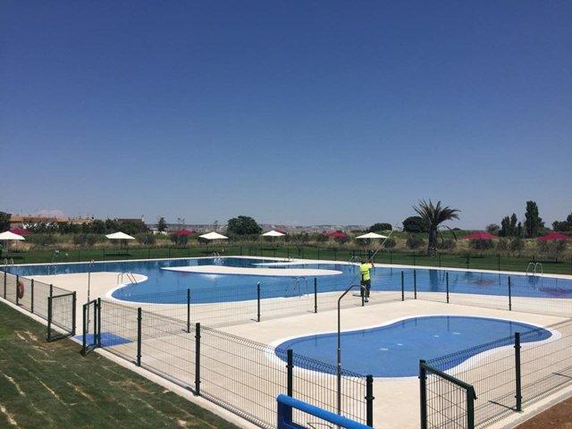Nuevas piscinas municipales de Pinseque