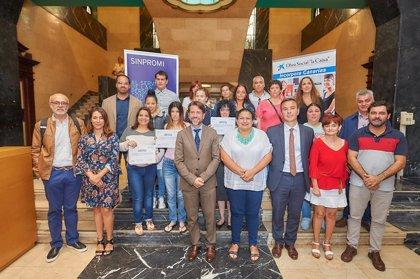 Sinpromi y La Caixa entregan diplomas de formación a 45 personas con dificultades de integración laboral