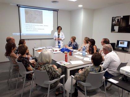 El San Cecilio y la AECC impulsan sesiones grupales de afrontamiento emocional con pacientes de cáncer