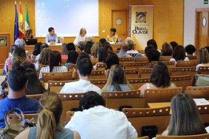 Facultad de Ciencias Sociales de la UPO de Sevilla evalúa las prácticas de trabajo social del curso académico 2017-2018