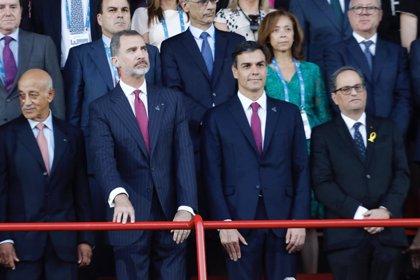 El Rey, Torra y Sánchez llegan a la tribuna antes de inaugurarse los Juegos Mediterráneos
