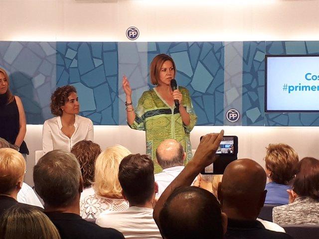 La candidata a la Presidencia del PP María Dolores de Cospedal