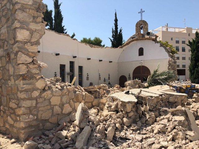 Derrumbe de la iglesia de la Coveta Fumà de El Campello