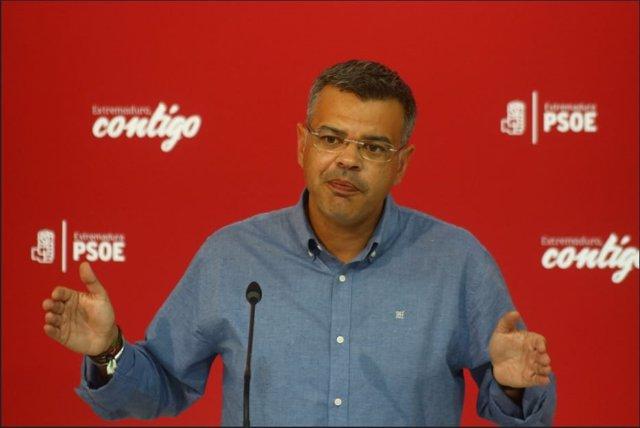Juan Antonio González, portavoz del PSOE de Extremadura