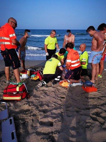 Un hombre fallece mientras se bañaba en una playa de la vertiente mediterránea de La Manga