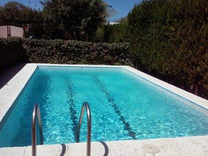Consumur recuerda a los usuarios de piscinas las medidas de seguridad, higiene y reclamaciones que deben de cumplir
