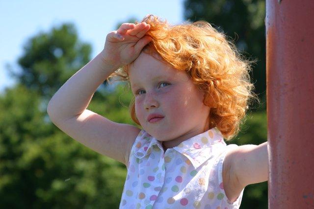 La ataxia puede importunar el dia a de los niños causando mareos.