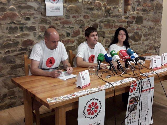 Daniel Salinas, Imanol Azkona y Koldobi Osta, de la Federación de Peñas.