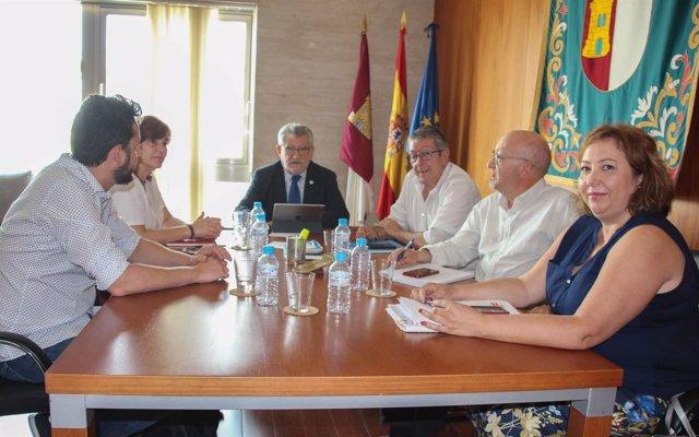 CCOO y consejero Educación, Ángel Felpeto