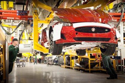 La inversión en el sector de la automoción británico cae un 50% en el primer semestre por el Brexit