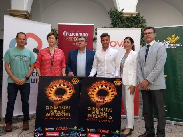 Torralbo (de blanco) presenta Olimpiadas Rurales de Los Pedroches