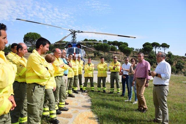 Junta entrega nuevos Equipos de Protección Individual al Infoca.
