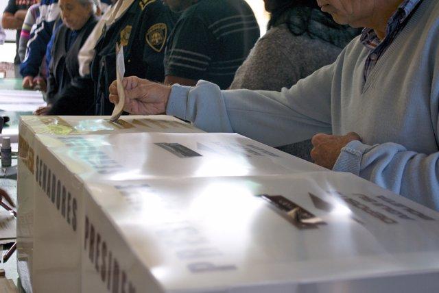 Urnas y votos