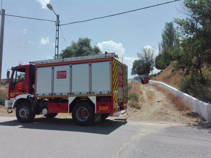 Bomberos de Guadix (Granada) sofocan tres incendios de matorral en menos de 24 horas