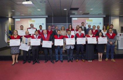 La primera promoción de expertos en seguridad vial de la ONU recibe sus diplomas de graduación