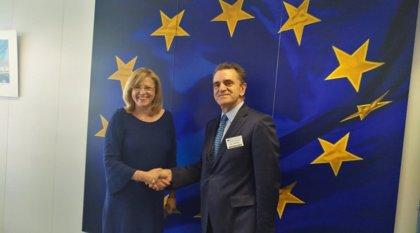 """Franco afea al Gobierno que visitara """"una sola vez"""" el Comité de las Regiones y pide a Garrido que se implique en la UE"""