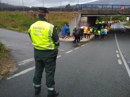 Aumenta la vigilancia de la Guardia Civil en el Camino para mejorar la seguridad vial de los peregrinos