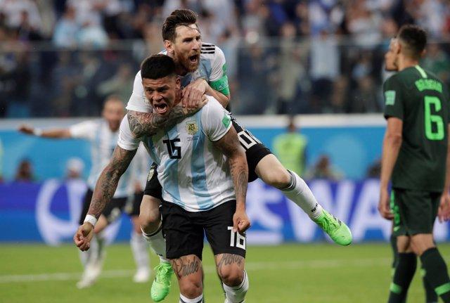 Leo Messi Marcos Rojo Nigeria Argentina