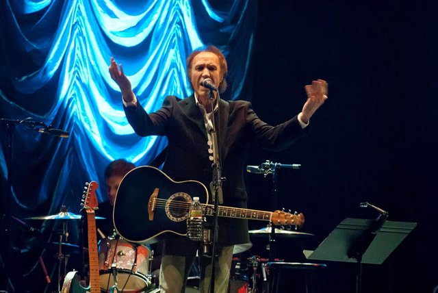 Image #: 15819168    Ray Davies, best known for being the lead singer for the fa