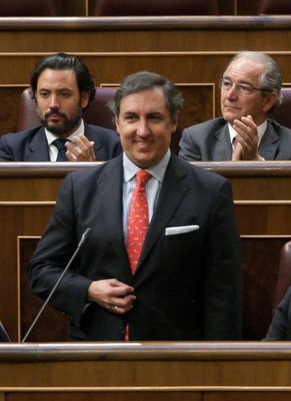 García-Hernández critica que si no vota el 93% del censo no es sufragio universal