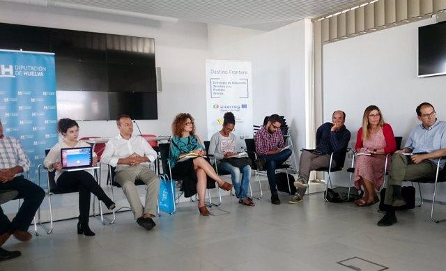 Una veintena de expertos del sector turístico se reúnen en el marco ...