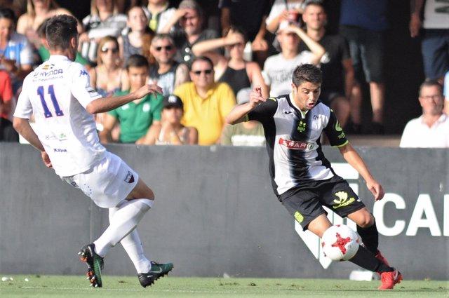 El partido entre el Extremadura UD y el FC Cartagena