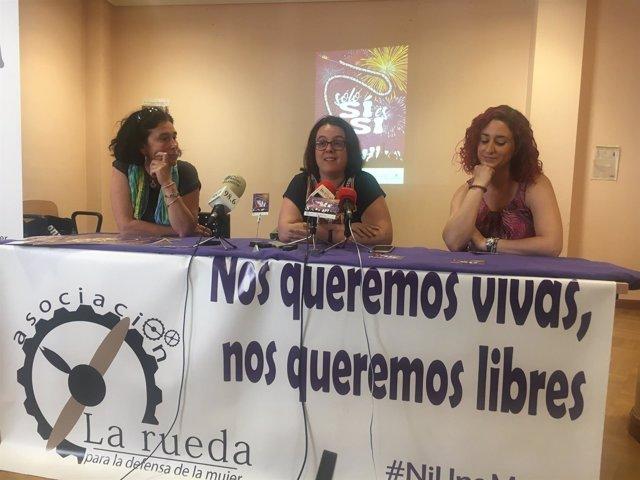 Amparo Martínez, Laura Pérez y Vanesa de Lope.