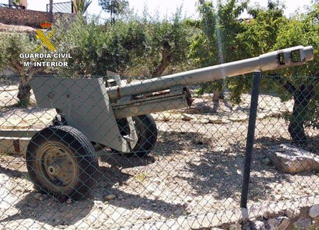 Cañón artillería incautado