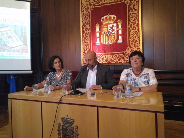 Itziar Gómez, José Luis Arasti y María José Beaumont