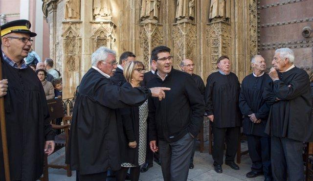El presidente de la Diputación, Jorge Rodríguez, visita el Tribunal