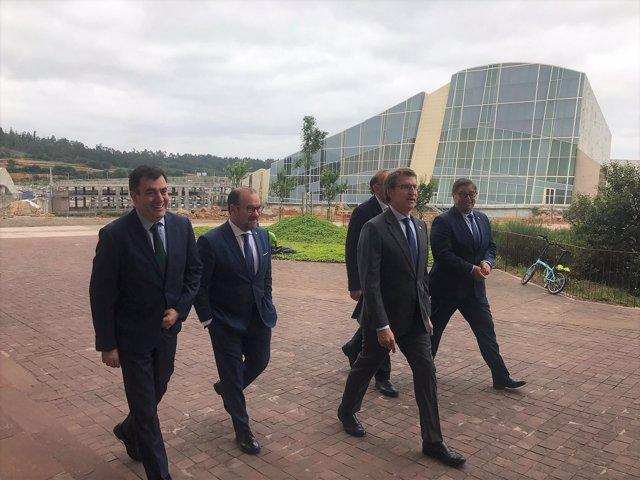 Feijóo junto al conselleiro y los rectores de las universidades gallegas