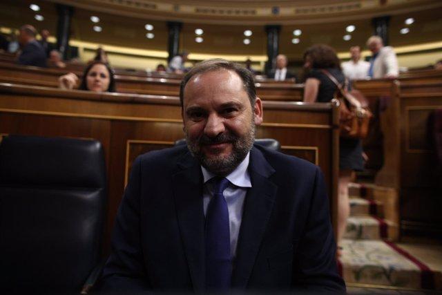 José Luis Ábalos en la sesión de control al Gobierno en el Congreso