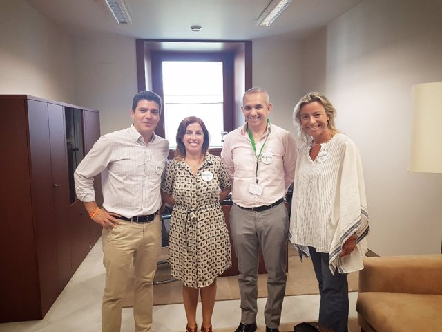 Reunión de Cs con representantes de la Agrupación de Trabajadores Canal Sur