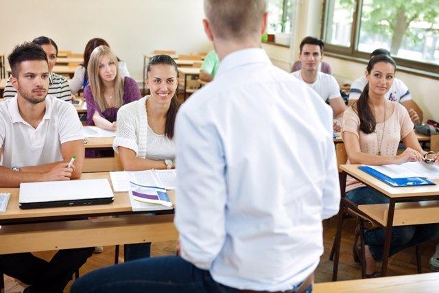Alumnos, aula, universidad