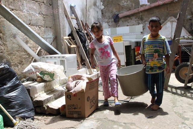 Niños venezolanos participan en un programa para inmigrantes