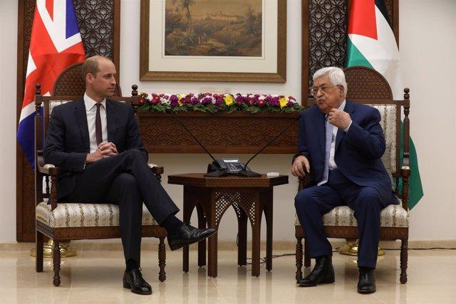 Abbas se reúne con el príncipe Guillermo en Ramala