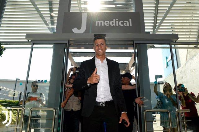 Joao Cancelo ficha por la Juventus