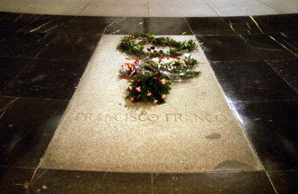 Patrimonio haría la exhumación de Franco, tras preguntar a la familia dónde lo deposita, según fuentes socialistas